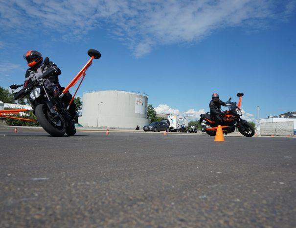 riders-academy-motorrad-training-fahrtechnik-warm-up-fahrlehrer-127