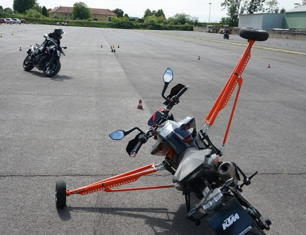 riders-academy-motorrad-training-fahrtechnik-warm-up-fahrlehrer-154