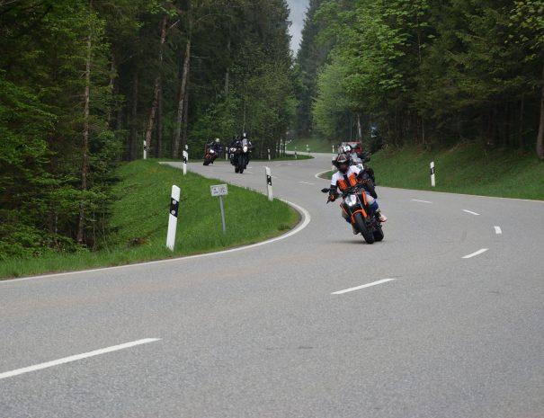 riders-academy-motorrad-training-fahrtechnik-warm-up-fahrlehrer-236