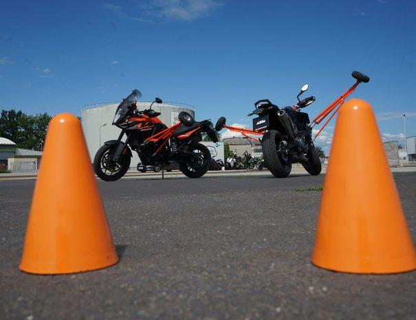 riders-academy-motorrad-training-fahrtechnik-warm-up-fahrlehrer-89